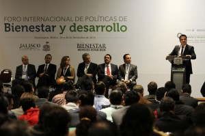 Picture from the opening session. Source: La Jornada de Jalisco.